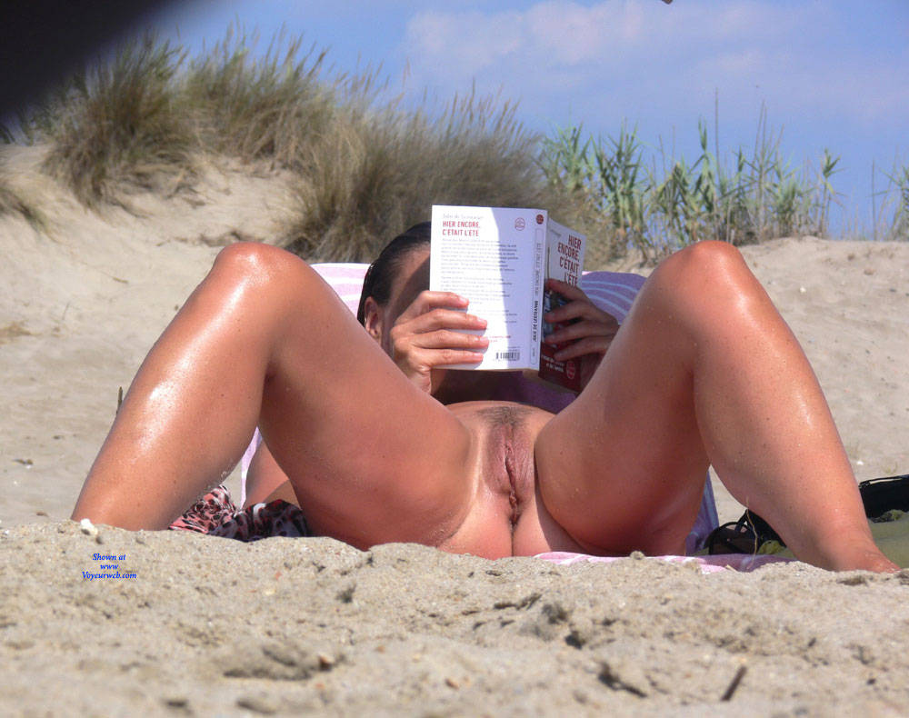Pic #9 Paradise Beach - Nude Girls, Beach, Big Tits, Brunette, Outdoors, Shaved, Bush Or Hairy, Beach Voyeur