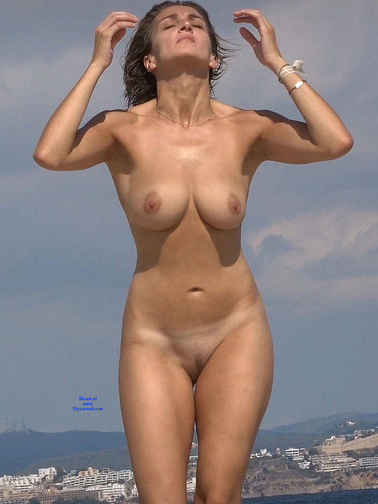 Pic #6 Nice Shapes - Nude Girls, Beach, Big Tits, Brunette, Outdoors, Beach Voyeur