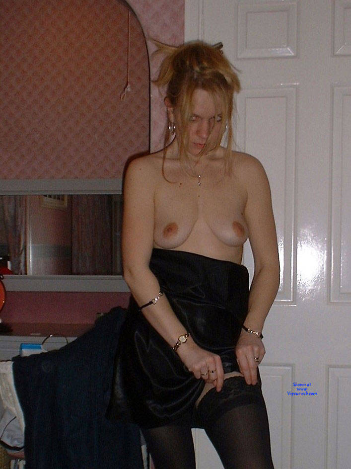 Pic #5 Sexy Wifey - Nude Wives, Redhead, Amateur