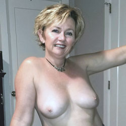 My MILF Playing Around - Nude Wives, Big Tits, Mature, Amateur