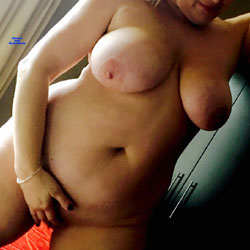 Sexy Date Night - Nude Girls, Big Tits, Mature, Shaved, Amateur