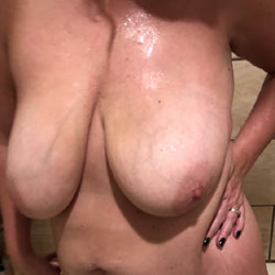 Fun At Home - Nude Wives, Big Tits, Amateur
