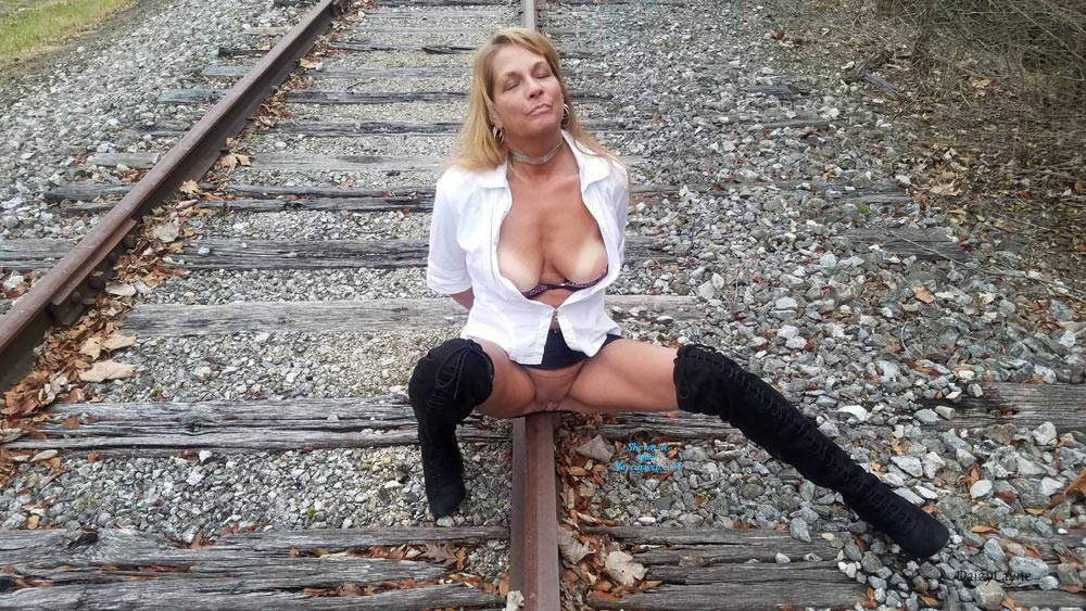 Pic #7 Daizy Playing On The Cold Railroad Tracks - Big Tits, Outdoors, Shaved, Amateur
