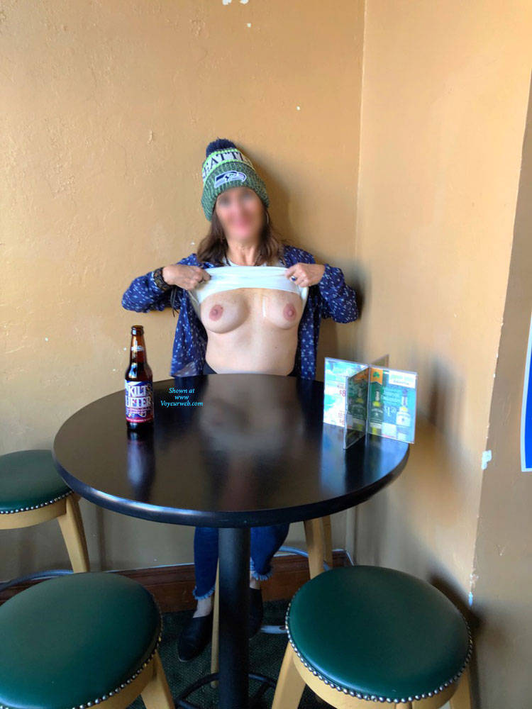 Pic #3 Halftime Show At Fav Bar In AZ - Big Tits, Public Exhibitionist, Flashing, Public Place, See Through, Amateur