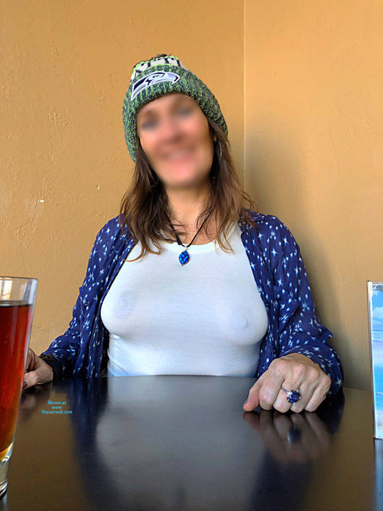 Pic #4 Halftime Show At Fav Bar In AZ - Big Tits, Public Exhibitionist, Flashing, Public Place, See Through, Amateur