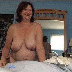 Pat - Nude Amateurs, Big Tits, Brunette, Mature