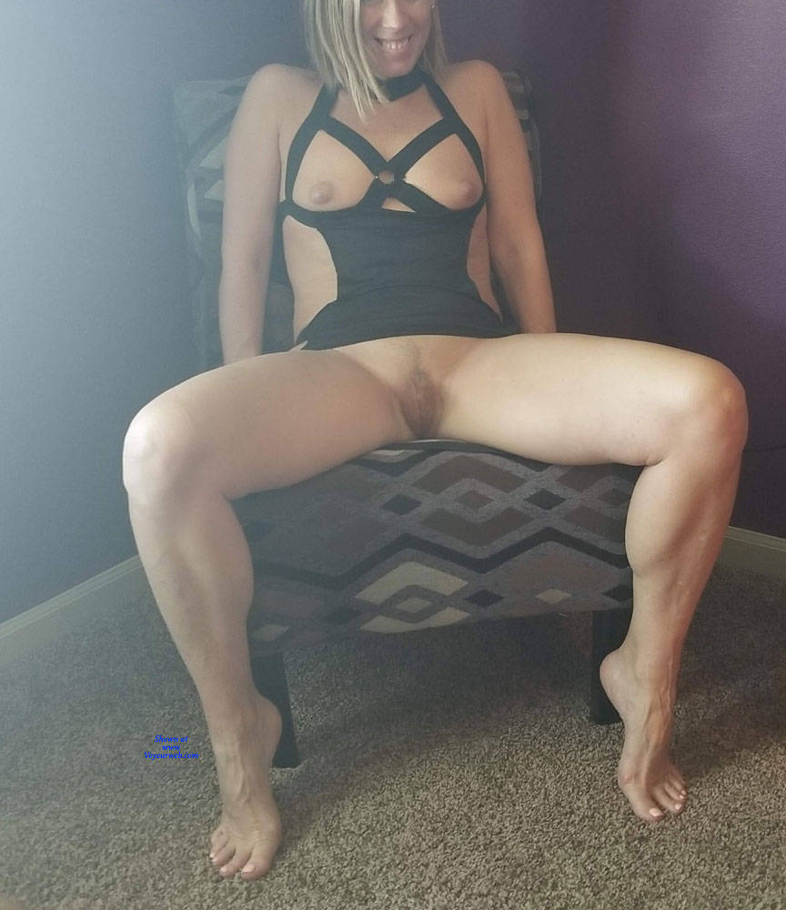 Pic #4 Bondage Night - Nude Wives, Shaved, Amateur