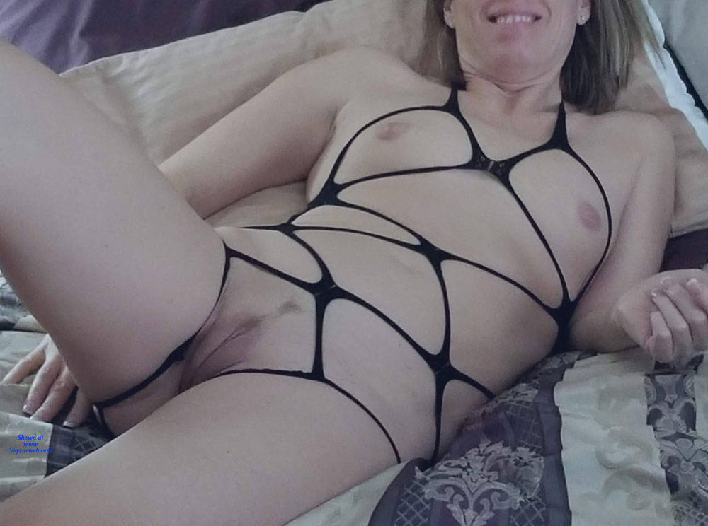 Pic #8 Bondage Night - Nude Wives, Shaved, Amateur
