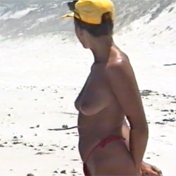 Awesome Beach - Topless Girls, Beach, Big Tits, Outdoors, Amateur