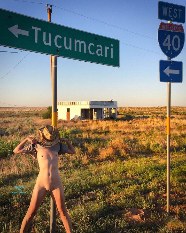 Pic #4 Nirvana Texas Cowgirl - Nude Girls, Public Exhibitionist, Outdoors, Small Tits, Amateur