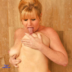 Hot And Steamy - Nude Wives, Big Tits, Mature, Amateur, touching pussy