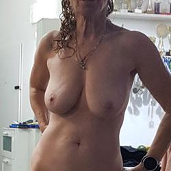Nude Again - Nude Girls, Big Tits, Amateur, Mature
