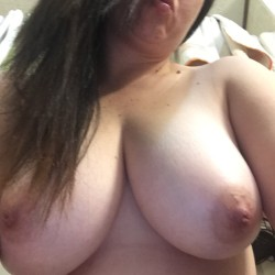 Large tits of my wife - Kimberly