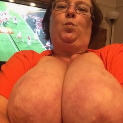 My very large tits - Candy