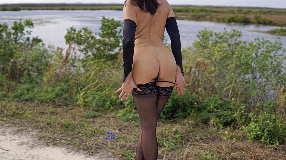 Pic #5 Missy At The Refuge - Nude Girls, Lingerie, Outdoors, Amateur, Wives In Lingerie, Firm Ass
