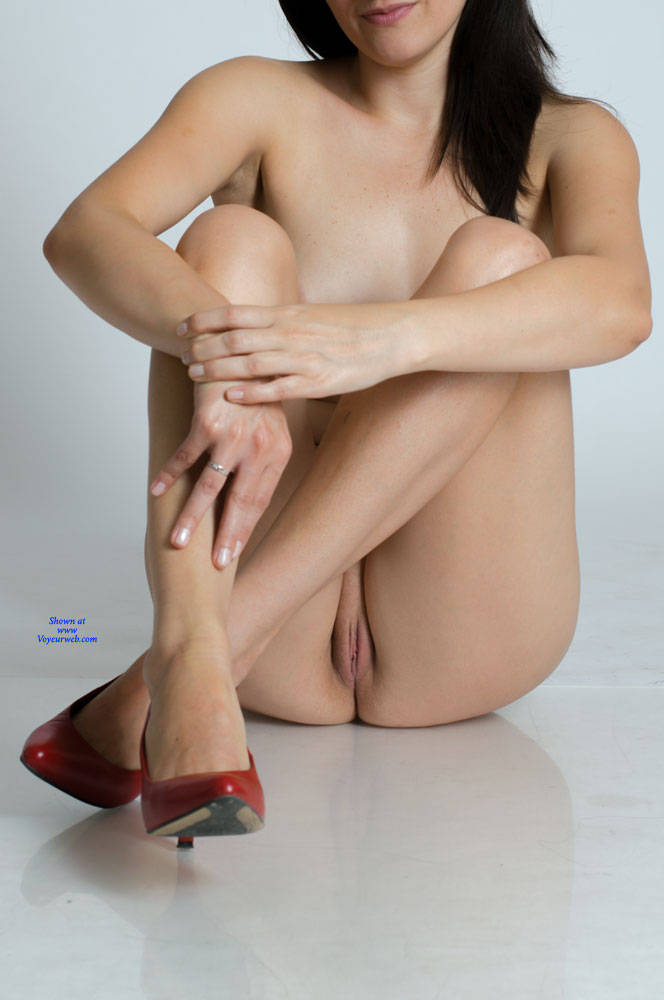Pic #7 My Very First Pictures - Nude Girls, Shaved, Amateur