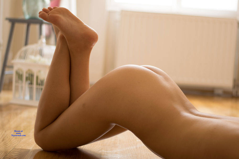 Pic #6 My Very First Pictures - Nude Girls, Shaved, Amateur