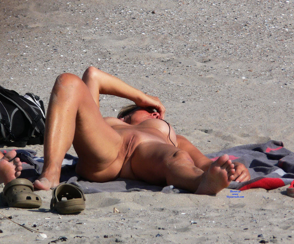 Pic #8 Sunshine Nude - Nude Girls, Beach, Big Tits, Outdoors, Beach Voyeur