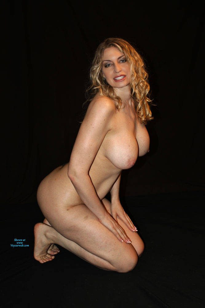 Pic #3 I Actually WON!!!!! - Nude Girls, Big Tits, Blonde, Mature, Shaved, Amateur, Firm Ass