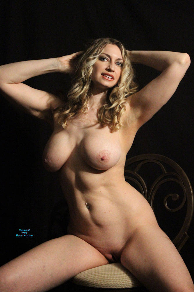 Pic #6 I Actually WON!!!!! - Nude Girls, Big Tits, Blonde, Mature, Shaved, Amateur, Firm Ass