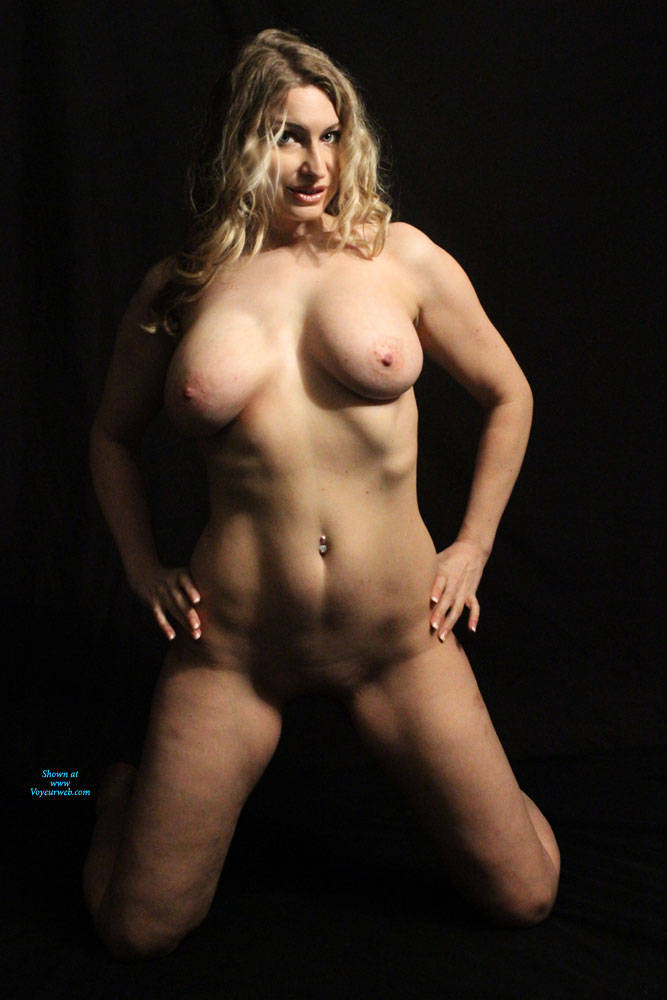 Pic #7 I Actually WON!!!!! - Nude Girls, Big Tits, Blonde, Mature, Shaved, Amateur, Firm Ass