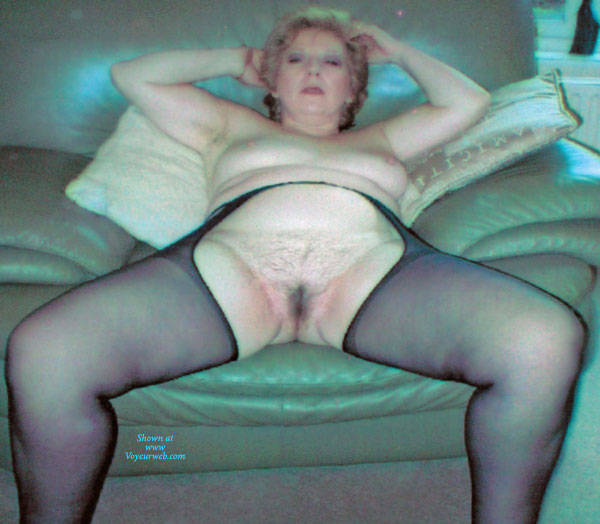 Pic #9 Mature Housewife Strips - Wives In Lingerie, Mature, Amateur, Stockings Pics