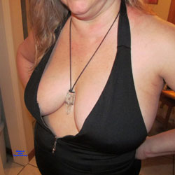 Cleavage - Big Tits, Amateur