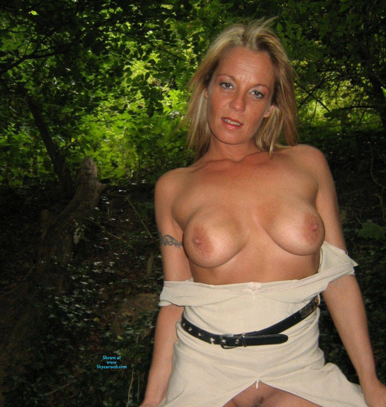 Pic #6 Mrs - Pantieless Wives, Big Tits, Blonde, Mature, Outdoors, Amateur