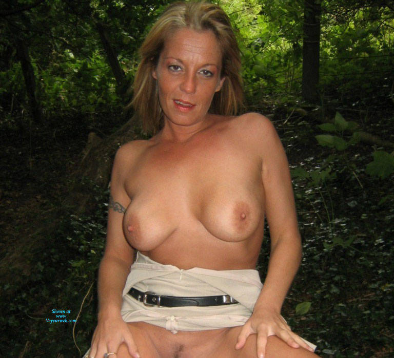 Pic #7 Mrs - Pantieless Wives, Big Tits, Blonde, Mature, Outdoors, Amateur