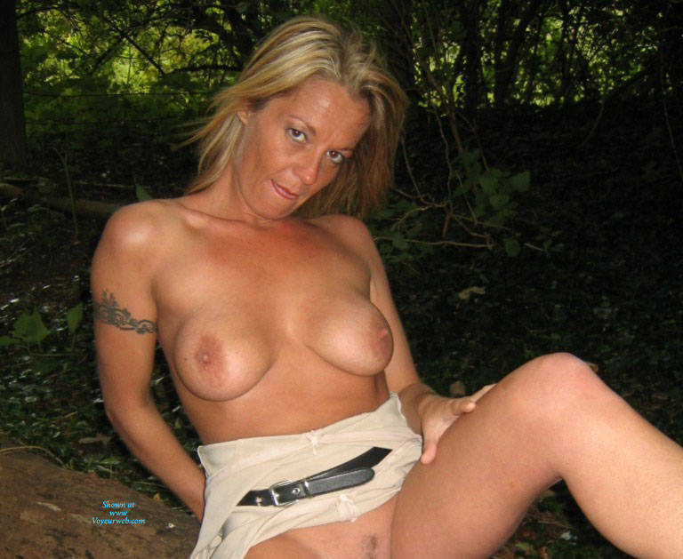 Pic #8 Mrs - Pantieless Wives, Big Tits, Blonde, Mature, Outdoors, Amateur