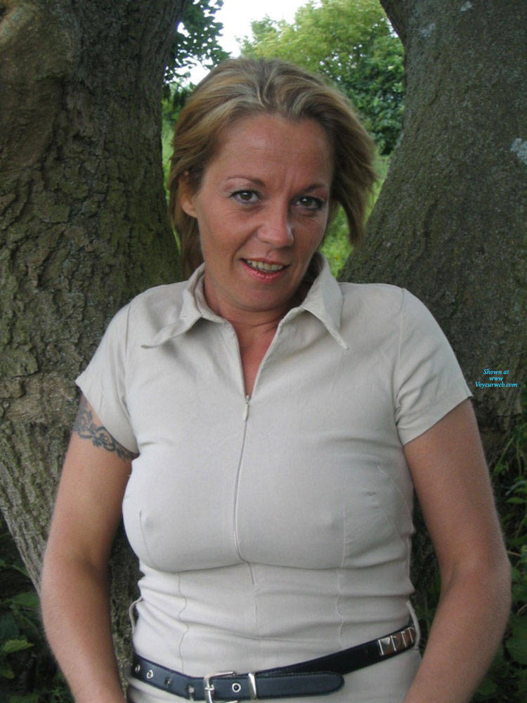 Pic #1 Mrs - Pantieless Wives, Big Tits, Blonde, Mature, Outdoors, Amateur