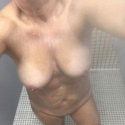 Randomness - Nude Wives, Big Tits, Mature, Amateur