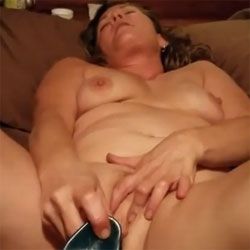 Getting Herself Off!! - Nude Girls, Big Tits, Brunette, Toys, Amateur, Women Using Dildos, Masturbation