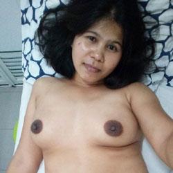 Random Shots - Nude Girlfriends, Big Tits, Brunette, Amateur