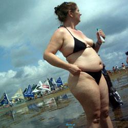 MILF In Porto Beach - Beach, Brunette, Outdoors, Bikini Voyeur