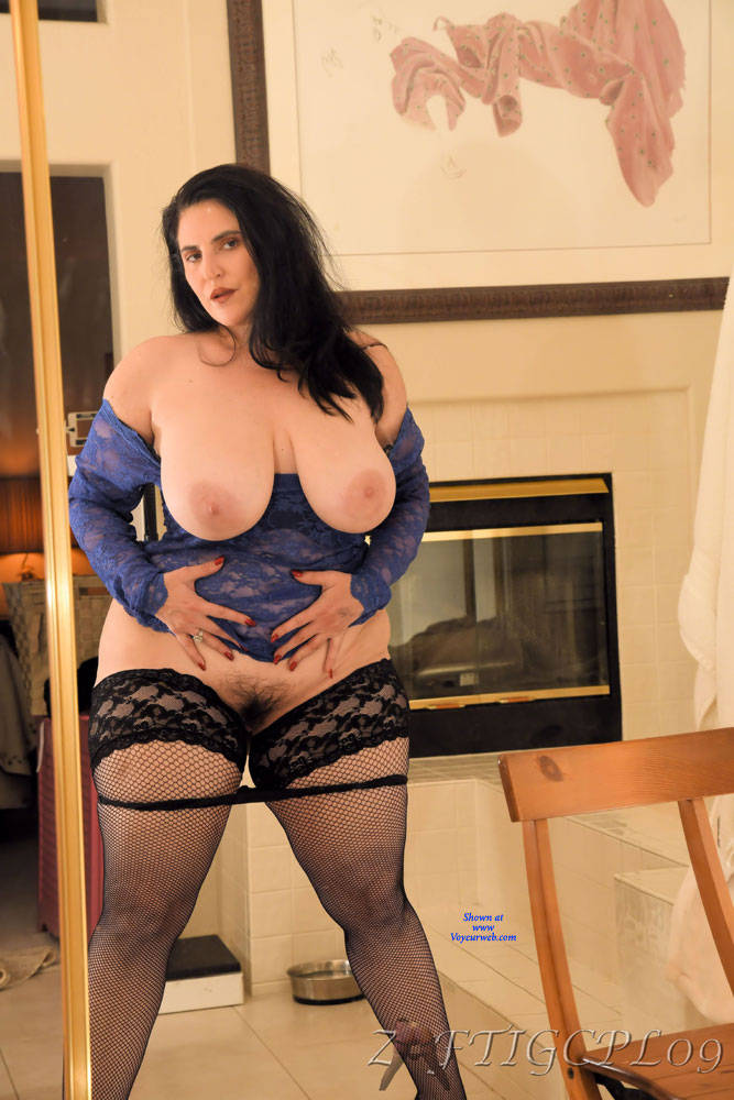 Pic #4 Mrs. Zaftig Spread For The Camera - Wives In Lingerie, Big Tits, Brunette, High Heels Amateurs, Mature, Bush Or Hairy, Stockings Pics