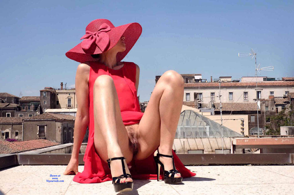 Pic #6 Red Roof Dress - Nude Girls, Public Exhibitionist, Flashing, Outdoors, See Through, Bush Or Hairy, Amateur, High Heels Amateurs, Firm Ass