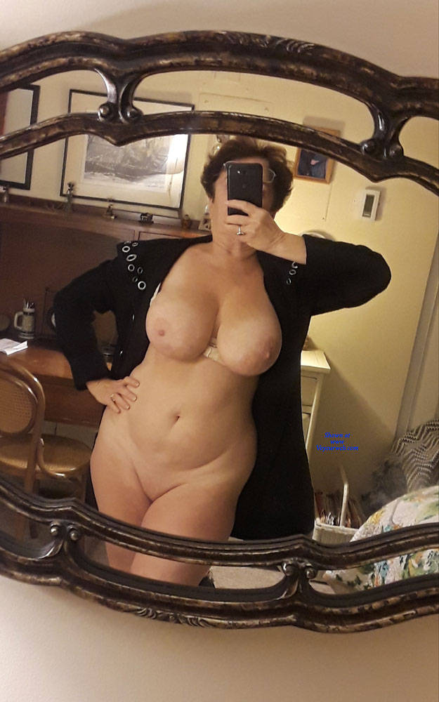 Pic #3 Mirror  - Nude Girls, Big Tits, Mature, Shaved, Amateur