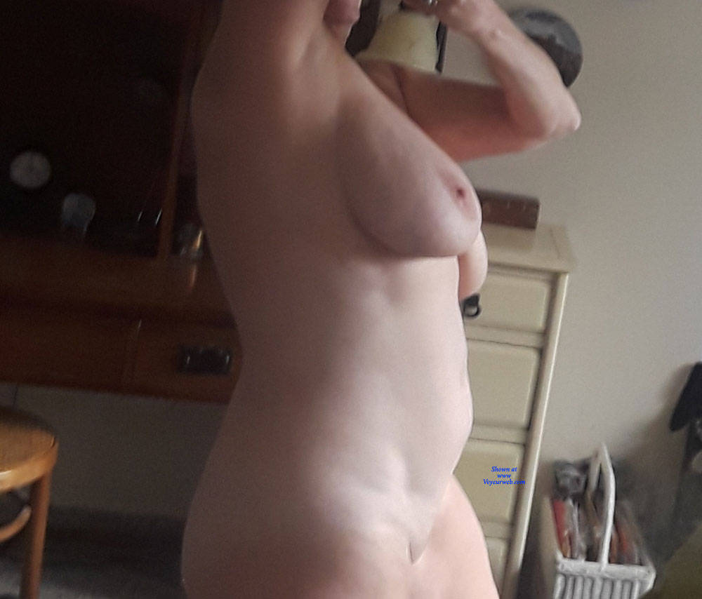 Pic #4 Mirror  - Nude Girls, Big Tits, Mature, Shaved, Amateur