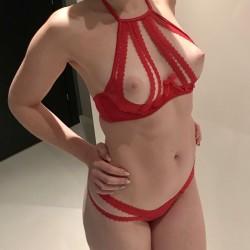 My medium tits - MissRiss