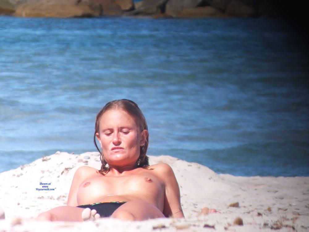 Pic #3 Topless - Nude Girls, Beach, Outdoors, Beach Voyeur