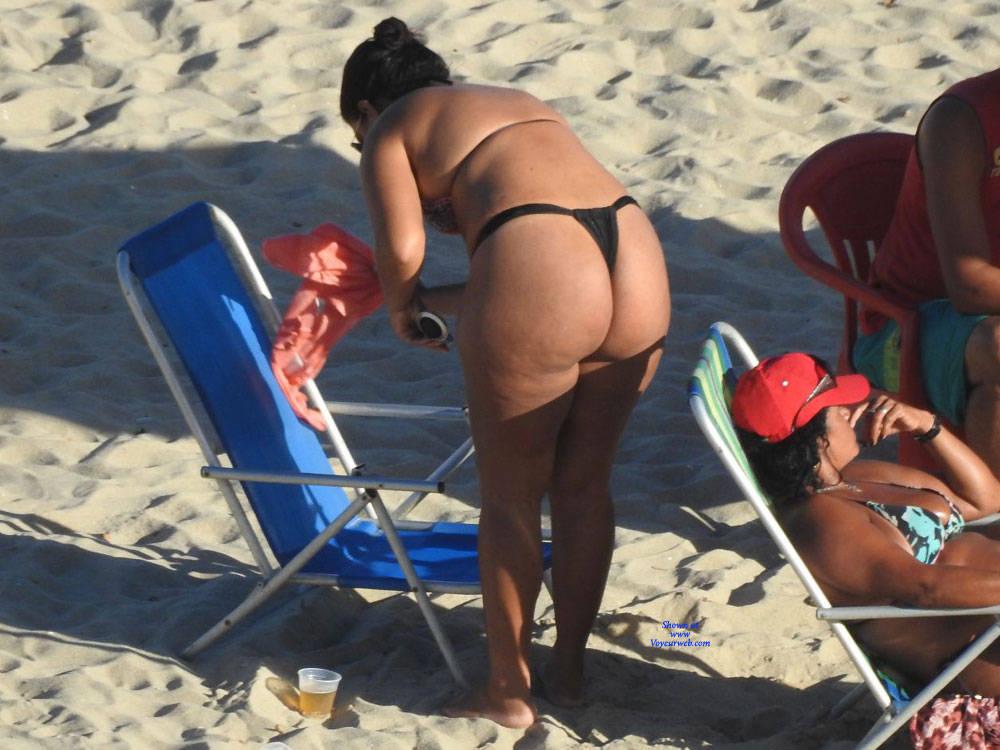 Pic #1 Big Ass In Bikini - Beach, Brunette, Outdoors, Bikini Voyeur