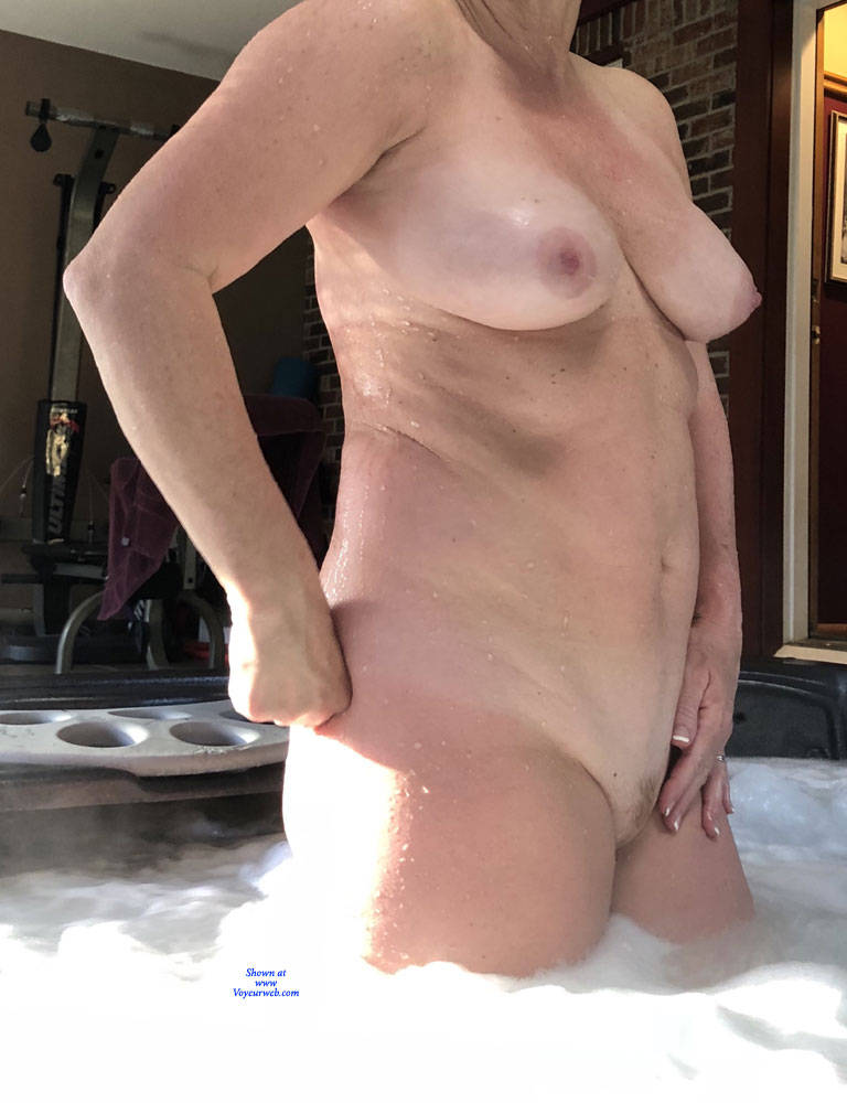 Pic #4 Enjoying The Hot Tub - Nude Wives, Big Tits, Mature, Outdoors, Amateur