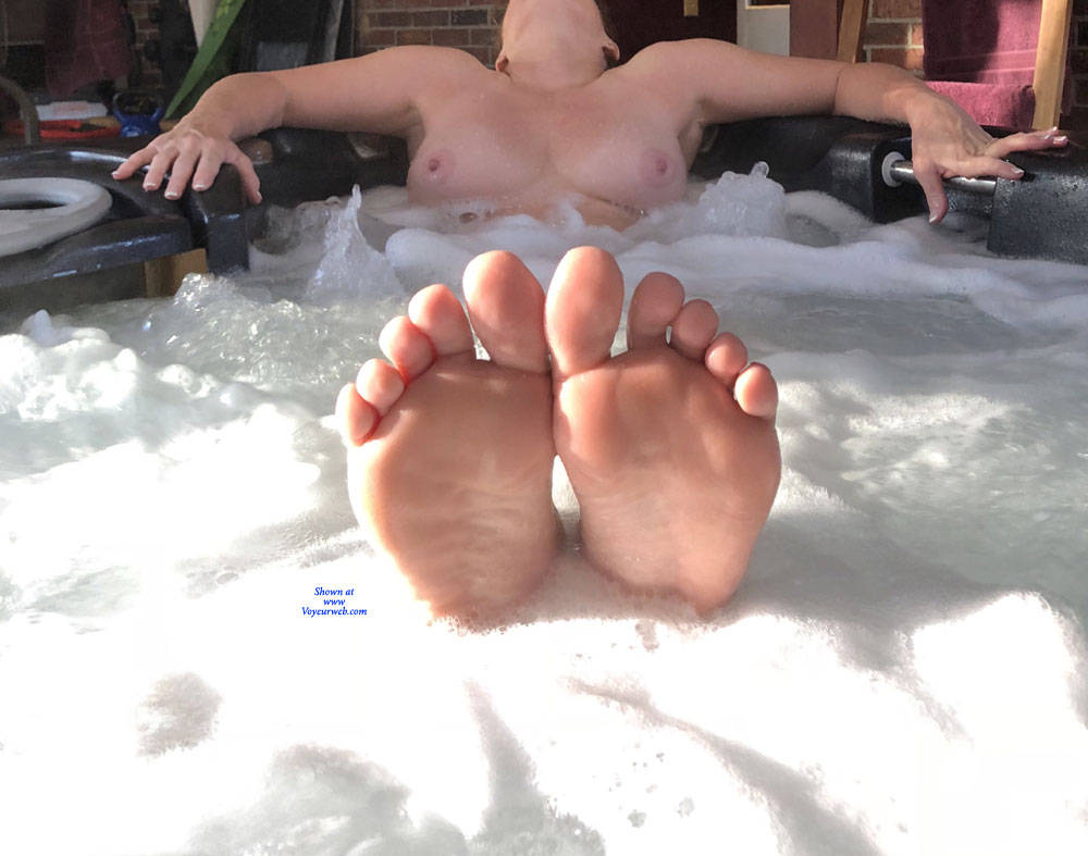 Pic #5 Enjoying The Hot Tub - Nude Wives, Big Tits, Mature, Outdoors, Amateur
