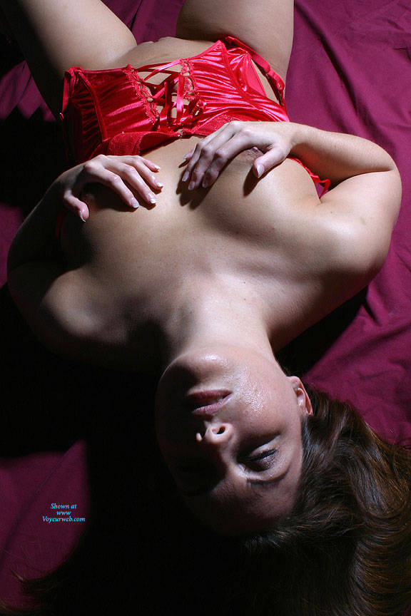 Pic #4 Sexy Red - Brunette, Lingerie, Amateur