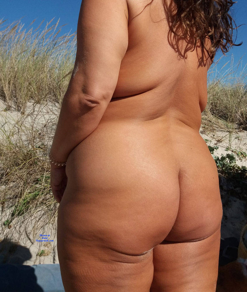 Pic #5 Naked On The Beach - Nude Girls, Beach, Big Tits, Outdoors, Amateur