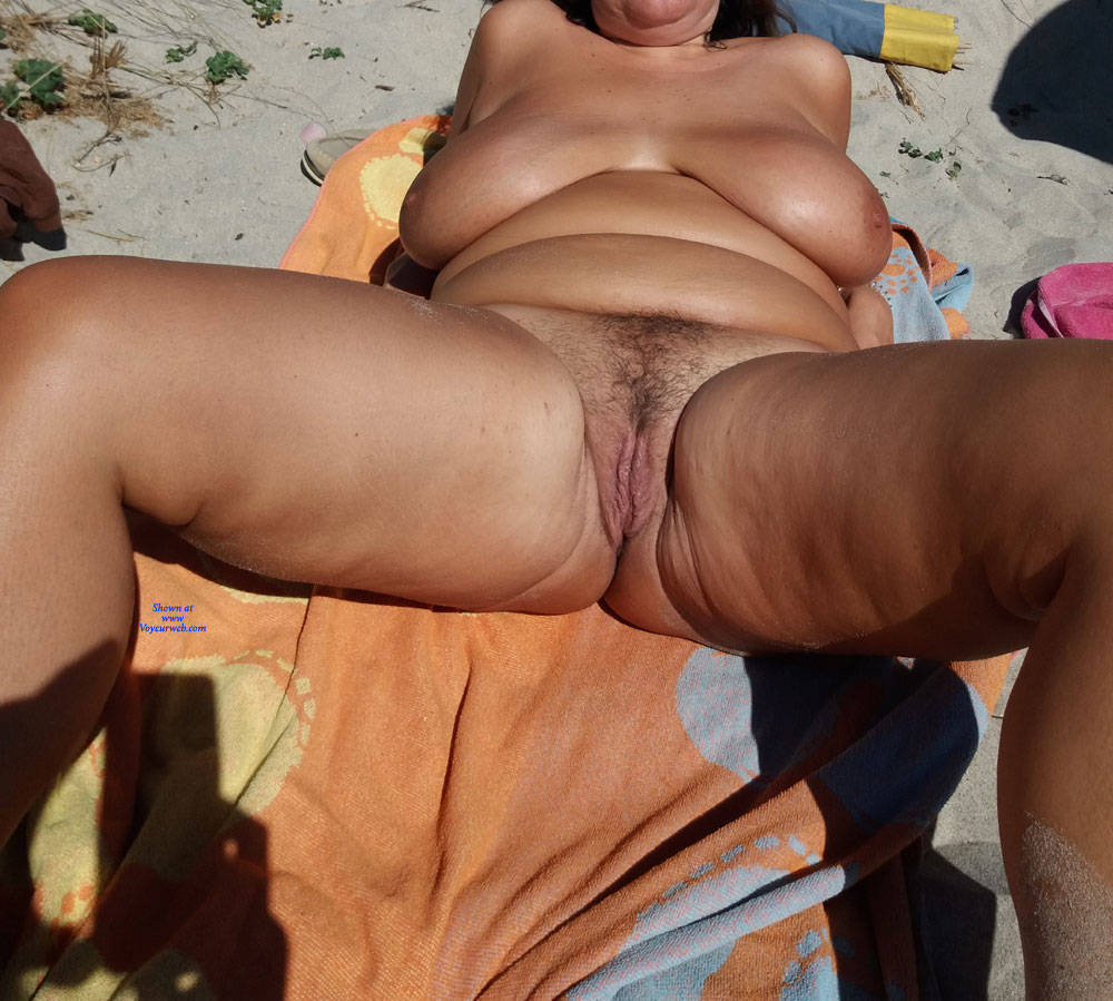 Pic #6 Naked On The Beach - Nude Girls, Beach, Big Tits, Outdoors, Amateur