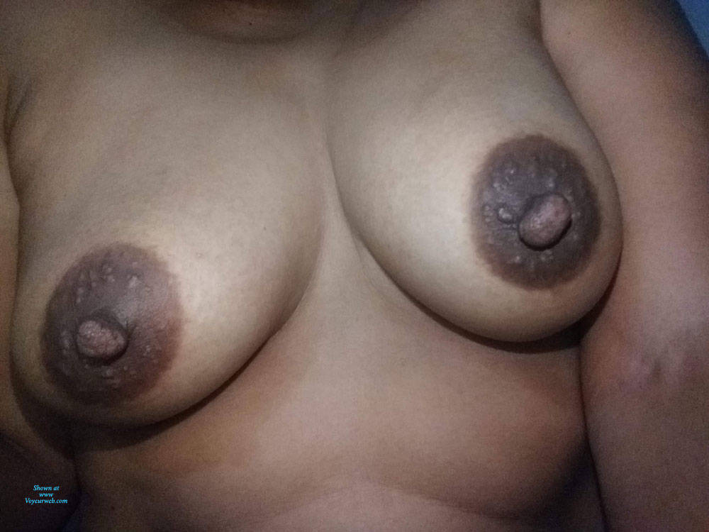 Pic #6 Some More Random Pics - Nude Girls, Big Tits, Brunette, Amateur