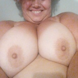 Very large tits of my room mate - Patrizia
