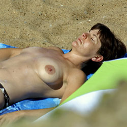 On The French Coast - Topless Girls, Beach, Big Tits, Outdoors, Beach Voyeur